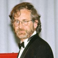 Steven Spielberg: Amerika'nın Kapitalist Avukatı mı, Sinema Sanatının Usta Yönetmeni mi?