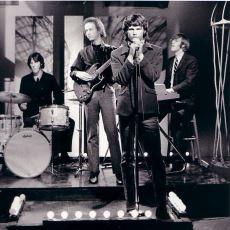 Zaman Zaman Yarattığı İmajın Altında Ezilen The Doors'un En İyi Şarkıları