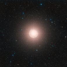 Yaklaşık 600-700 Işık Yılı Uzaklığı ile Bize En Yakın Yıldızlardan Biri: Betelgeuse