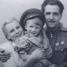 II. Dünya Savaşı'nda Yazılarak Rusya Efsanesine Dönüşen Bekle Beni Şiirinin İlginç Öyküsü