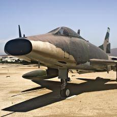 """Türk Hava Kuvvetleri'nde """"Baba"""" Lakabına Layık Görülen Savaş Uçağı: F-100"""