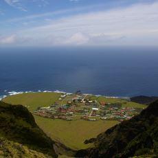 Dünyanın Üzerinde Yerleşim Olan Karaya En Uzak Adası: Tristan da Cunha