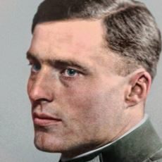 Hitler'e Düzenlediği Suikastle Tarihe Geçen Nazi Subayı: Claus von Stauffenberg
