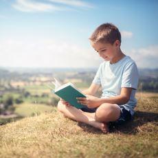 Ivan Illich'in İyi Bir Eğitimde Neden Okulların Yeri Olamayacağını Anlattığı Kitabı: Okulsuz Toplum