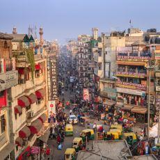 Orada Yaşayan Birinden: Hindistan'ın Günlük Yaşamına Dair İçeriden Bilgiler