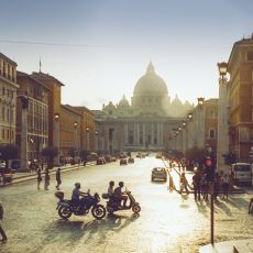Sadece 3 Gün Gördüğü Avrupa Şehrinde Yaşama Hayali Kuranları Tekrar Düşündürecek Bir Yazı