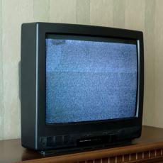 Geceleri Tüplü Televizyondan Gelen Çatırdama Sesi Neyin Nesi?