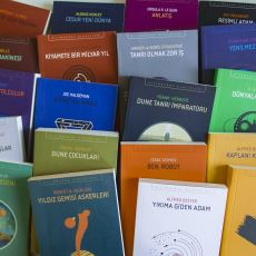 Açıklayıcı Özetlerle Birlikte: İthaki Yayınları Bilim Kurgu Klasiklerinin Sıralı Listesi