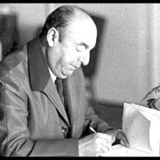 Şiirleri İle Bambaşka Yerlere Götüren Güzel Yürekli Şair Pablo Neruda'dan Seçmeler