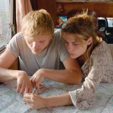 Önümüzdeki Yıllarda Bir Kült Haline Gelmesi Muhtemel Olan 303 Filminin İncelemesi