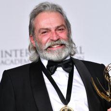Haluk Bilginer'in En İyi Erkek Oyuncu Ödülüne Kavuştuğu Uluslararası Emmy Ödülleri Nedir?