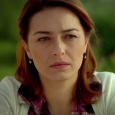 Türkiye'de Boşanmış Kadın Olmanın Ne Kadar Zor Olduğunu Gözler Önüne Seren Bir Yazı