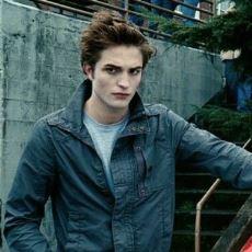 İlk Alacakaranlık Kitabını Edward Cullen'ın Gözünden Anlatacak Olan Roman: Midnight Sun