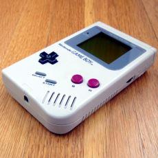 1989 Yılında Piyasaya Sürülen Gameboyların Bugünkü Akıllı Telefonların Gerçek Atası Olması