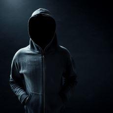 Kişilerin Anonimlik Maskesi Altında Hareket Etmesinin Sosyal Davranışları Üzerindeki Etkisi