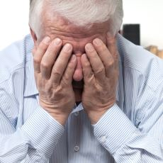 Erkeklerin 40'lı Yaşlardan İtibaren Başına Gelebilen Andropoz Hakkında Merak Edilenler