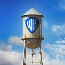 Warner Bros. 30 Yıllık Logosunu Neden Değiştirdi?