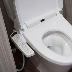 Oturanlara Her Türlü Konforu Sağlayan Teknolojik Japon Tuvaletleri