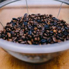 Tecrübeli Bir Baristadan: Evinizdeki Tavada Nasıl Kahve Kavrulur?