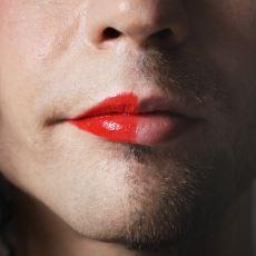 Kendine Olan Kötü Bakışları İnsanlığıyla Utandıran Bir Travestinin İçinizi Isıtacak Hikayesi