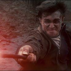 Harry Potter Neden Voldemort ile Her Karşılaştığında Expelliarmus Büyüsünü Kullandı?