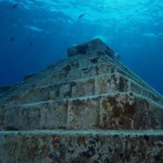 Dünya'da Varlığını Sürdürmeyi Başarmış Birbirinden Farklı Hikayeyi Barındıran Antik Kalıntılar