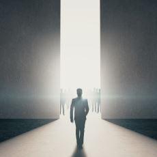 Her Şey Bitti Derken Neden Bir İnsanın Çıkagelmesine İhtiyaç Duyulur?