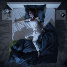 Fark Etmediğimiz Halde Onlarca Rüya Gördüğümüz Hayati Uyku Evresi: REM