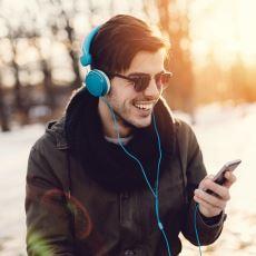 Kar Yağarken Dinlenebilecek Enfes Şarkılar