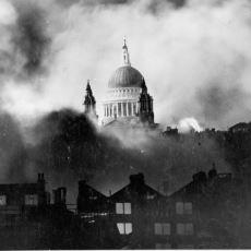 II. Dünya Savaşı'nda Almanya'nın Birleşik Krallık'ı Mütemadiyen Bombaladığı Dönem: The Blitz