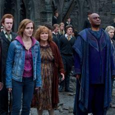 Harry Potter Serisinin Büyük Finali Hogwarts Savaşı, Şans Sıvısı Felix Felicis Sayesinde mi Kazanıldı?