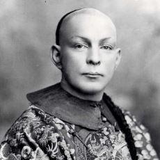 İnsanların İlgisini Çekiyor Diye Yıllarca Çinli Taklidi Yapmış Amerikalı Efsanevi Sihirbaz: William E. Robinson