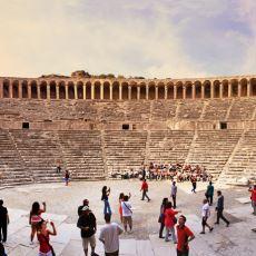 Antik Dönemdeki Amfitiyatrolarda Oturma Düzeni ve Oyuna Giriş Biletleri Nasıl Ayarlanıyordu?