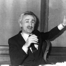 80'lerde İnsanlara Hayal Satarak Zengin Olan Banker Kastelli'nin Zirveden Dibe Öyküsü
