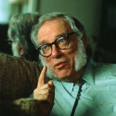 Isaac Asimov'un Üç Robot Yasası ve Robot Hikayelerini Yazma Öyküsü