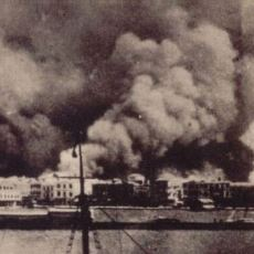 On Bin İnsanın Acı İçinde Kıvranarak Can Verdiği 1922'deki Büyük İzmir Yangını