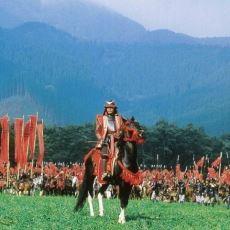 Akira Kurosawa'nın Sinemaya Armağan Ettiği Ran Filminin Detaylı İncelemesi