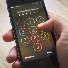 Fakir İnsanlar Onlarca Ucuz Cep Telefonu Varken Neden iPhone Alırlar?