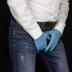 Bir Tekstil Mühendisinden: Yeni Nesil Kot Pantolonların Bacak Arası Neden Eriyor?