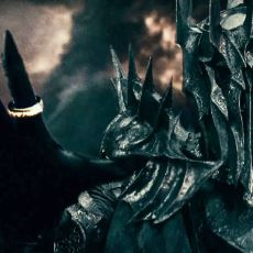 Resmi Tarihin İdealist Kahraman Sauron'u Haksız Göstermesi