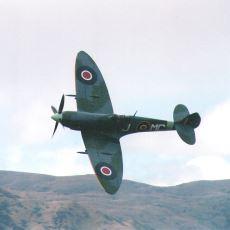 1941'de Bir Türk Askerinin Hayatını Kurtaran Spitfire Uçağının Sürükleyici Hikayesi