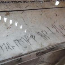Ayasofya'nın İkinci Katında Çatlak Sanılan Esrarengiz Viking Yazısı