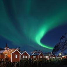 Gökyüzünün Ekran Koruyucusu: Kuzey Işıkları Nasıl Oluşur?