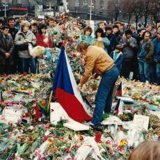 Komünizmden Demokrasiye Kansız Bir Şekilde Geçilmesini Sağlayan 1989 Tarihli Kadife Devrim