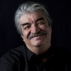 Türk Sinemasının Efsane İsimlerinden Bülent Kayabaş Hayatını Kaybetti