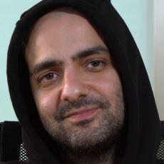 Bartu Küçükçağlayan'ın Ekşi Sözlük Buyrun Benim Videosu