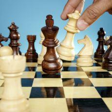 Satrancın En Stratejik Taşı Hangisidir?