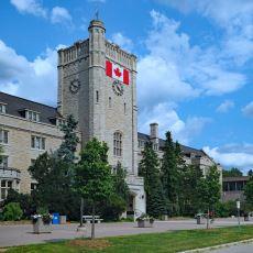 Avantajları ve Dezavantajlarıyla: Kanada'da Üniversite Okumak