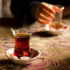 Çay İçme Alışkanlığı Olan Ülkeler Arasında En Kaliteli Çayı Gerçekten Türkiye mi İçiyor?