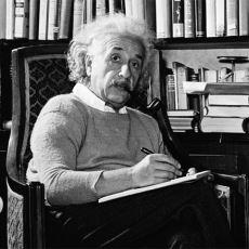 Einstein'ın Sadece Bir Bilim İnsanı Değil, Güzel Yürekli Bir Yazar da Olduğunu Kanıtlayan Notları
